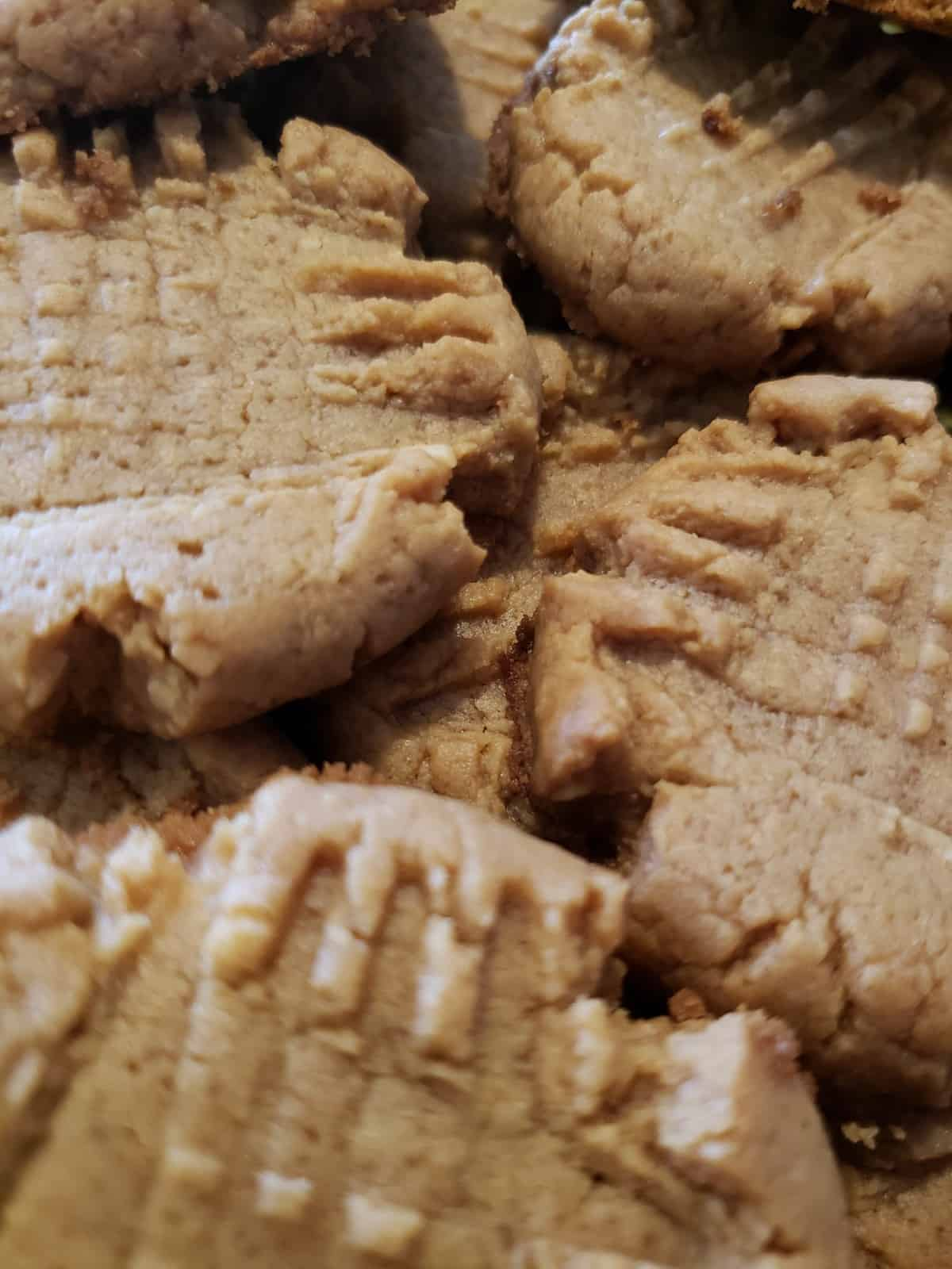 Dairy-free keto peanut butter cookies