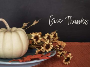 Early Thanksgiving Party Planning - White Pumpkin and Dried Flower Centerpiece